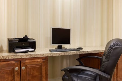 Business Center | Country Inn & Suites by Radisson, Doswell (Kings Dominion), VA