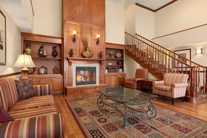 Lobby | Country Inn & Suites by Radisson, Doswell (Kings Dominion), VA