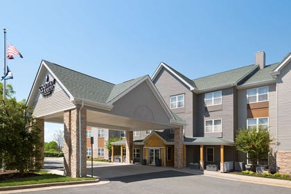 Hotel Exterior | Country Inn & Suites by Radisson, Washington Dulles International Airp