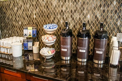 Coffee Station | Country Inn & Suites by Radisson, Washington Dulles International Airp