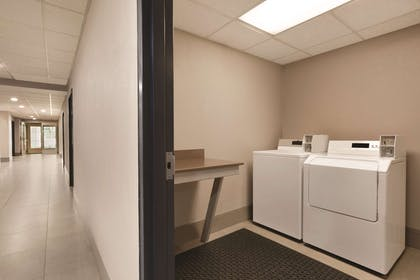 Guest Laundry   Country Inn & Suites by Radisson, Roanoke, VA
