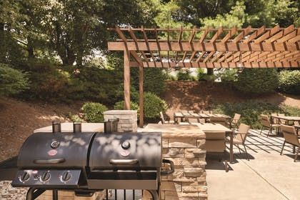 Grill on the Patio | Country Inn & Suites by Radisson, Roanoke, VA