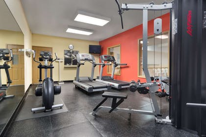Fitness Center | Country Inn & Suites by Radisson, Richmond West at I-64, VA