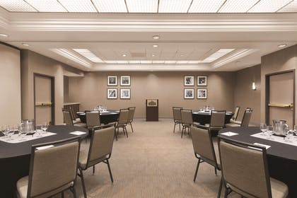 Meeting Room | Country Inn & Suites by Radisson, Seattle-Bothell, WA