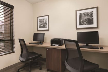 Business Center | Country Inn & Suites by Radisson, Seattle-Bothell, WA