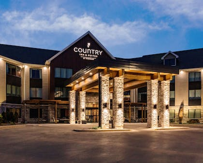 Hotel Exterior | Country Inn & Suites by Radisson, Appleton, WI
