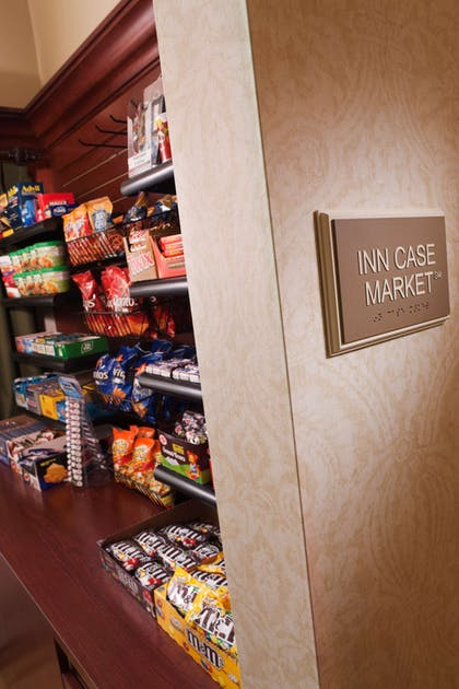 Market | Country Inn & Suites by Radisson, Milwaukee West (Brookfield), WI