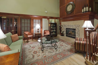 Lobby | Country Inn & Suites by Radisson, Milwaukee West (Brookfield), WI