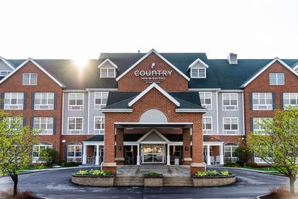 Exterior | Country Inn & Suites by Radisson, Milwaukee West (Brookfield), WI