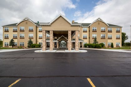 Exterior | Country Inn & Suites by Radisson, Fond du Lac, WI