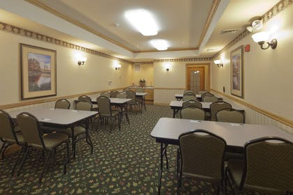 Meeting Room | Country Inn & Suites by Radisson, Madison Southwest, WI