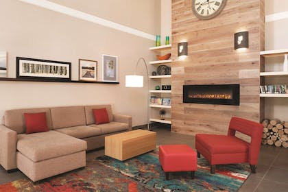Lobby | Country Inn & Suites by Radisson, Madison Southwest, WI
