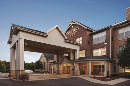 Exterior | Country Inn & Suites by Radisson, Madison Southwest, WI