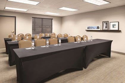 Meeting Room | Country Inn & Suites by Radisson, Marinette, WI