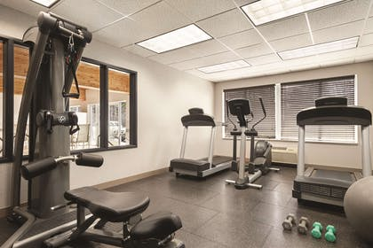 Fitness Center | Country Inn & Suites by Radisson, Marinette, WI