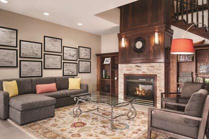 Lobby | Country Inn & Suites by Radisson, Marinette, WI