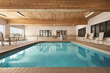 Indoor Pool | Country Inn & Suites by Radisson, Marinette, WI
