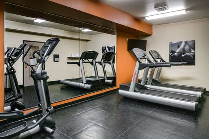 Fitness Center | Country Inn & Suites by Radisson, Madison West, WI