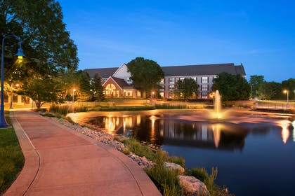 Hotel Exterior | Country Inn & Suites by Radisson, Madison, WI