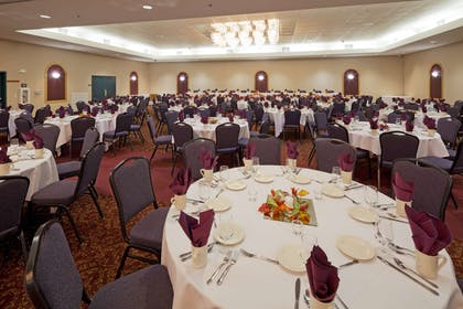 Banquet Room | Country Inn & Suites by Radisson, Port Washington, WI