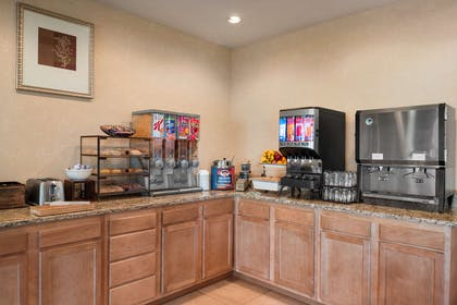 Breakfast Room | Country Inn & Suites by Radisson, Stevens Point, WI
