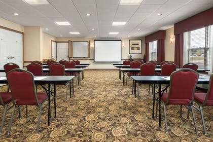 Meeting Room | Country Inn & Suites by Radisson, Stevens Point, WI