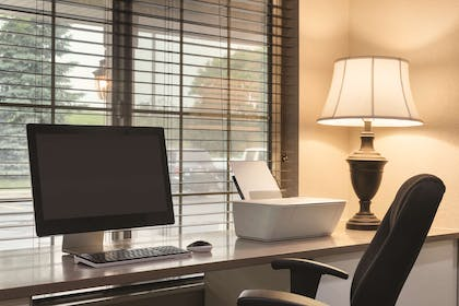 Business Center | Country Inn & Suites by Radisson, West Bend, WI