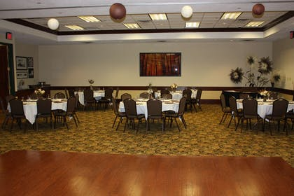 Meeting Room | Country Inn & Suites by Radisson, Beckley, WV