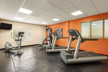Fitness Center | Country Inn & Suites by Radisson, Princeton, WV