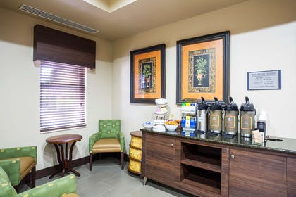 Breakfast Area | Country Inn & Suites by Radisson, Gainesville, FL