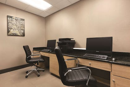 Business Center | Country Inn & Suites by Radisson, Gainesville, FL