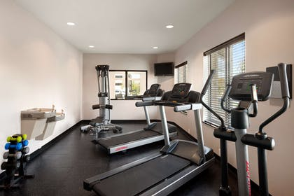 Fitness Center   Country Inn & Suites by Radisson, New Orleans I-10 East, LA