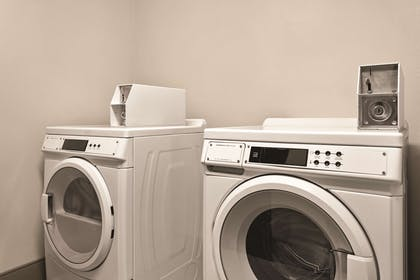 Guest Laundry   Country Inn & Suites by Radisson, Byram/Jackson South, MS