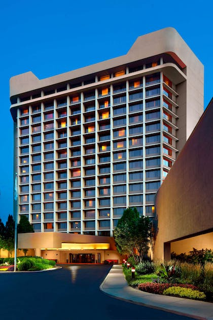 Exterior | Nashville Airport Marriott