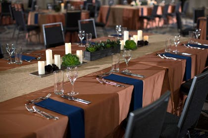 Nashville ballroom wedding reception | Nashville Airport Marriott