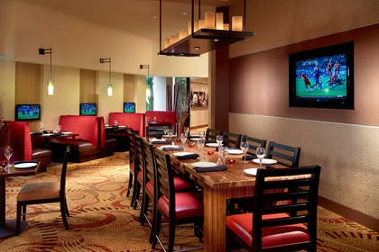 Champions dining area | Nashville Airport Marriott