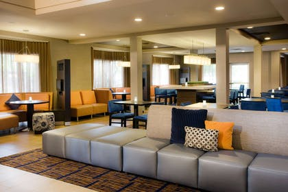 Lobby | AC Hotel by Marriott San Francisco Airport Oyster Point/Waterfront