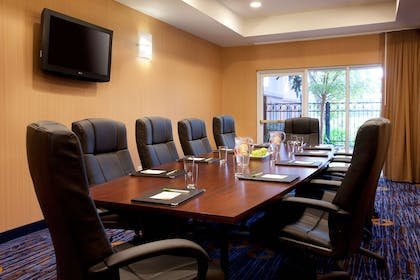 Boardroom | AC Hotel by Marriott San Francisco Airport Oyster Point/Waterfront