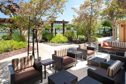 Outdoor patio | AC Hotel by Marriott San Francisco Airport Oyster Point/Waterfront