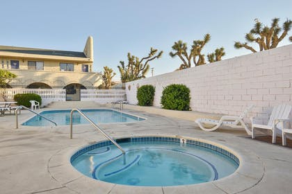Pool and Jacuzzi | Americas Best Value Inn & Suites Joshua Tree National Park