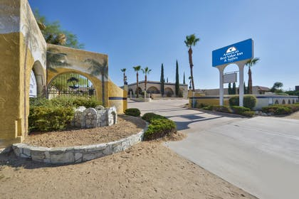 Exterior | Americas Best Value Inn & Suites Joshua Tree National Park