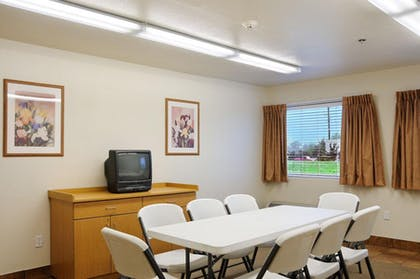 Conference Room | Americas Best Value Inn & Suites Ada