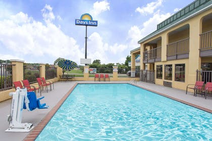 Pool | Days Inn by Wyndham Monticello