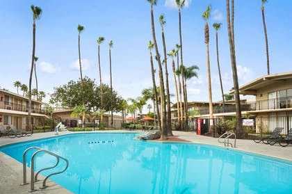 Pool | Ramada by Wyndham San Diego North Hotel & Conference Center