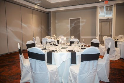 Meeting Room | Ramada by Wyndham Jacksonville Hotel & Conference Center