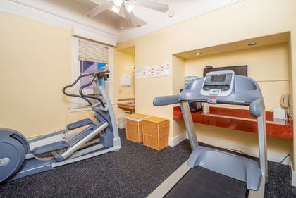 fitness center | Ramada by Wyndham San Diego Gaslamp Convention Center