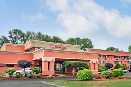 Welcome to the Ramada Tukwila Southcenter | Ramada by Wyndham Tukwila Southcenter