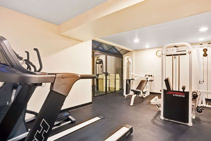 Fitness Center | Ramada by Wyndham Tukwila Southcenter