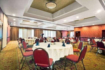 Meeting Room | Ramada by Wyndham Tukwila Southcenter