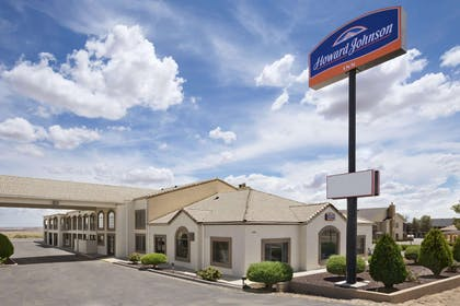 Welcome to the Howard Johnson Holbrook | Howard Johnson by Wyndham Holbrook